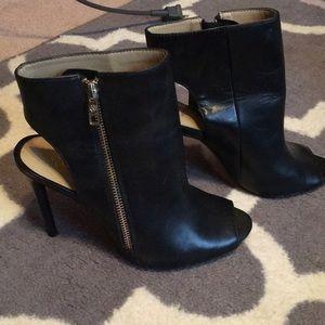 Ann taylor side zip heels